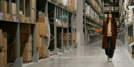 Warehouses and outsourcing in fashion