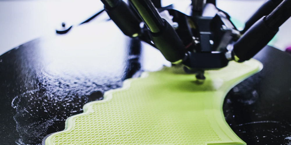 How is 3D technology getting into the fashion production process?